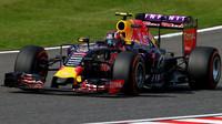 Ferrari neustupuje, Red Bullu stále nabízí jen staré motory. Ricciardo se za ně přimlouvá - anotační foto