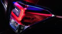 Nová grafika zadních světel, omlazené Subaru Forester.