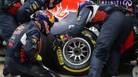 Red Bull přezouvá pneumatiky v Soči