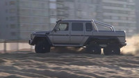VIDEO: Nesmyslný Mercedes G63 AMG 6x6 řádí na pláži - anotační foto