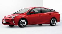 Kvůli nedostatku oceli bude omezena výroba například Toyoty Prius.
