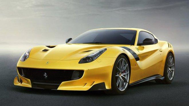Po LaFerrari nejextrémnější maranellský hřebec dneška, Ferrari F12tds.