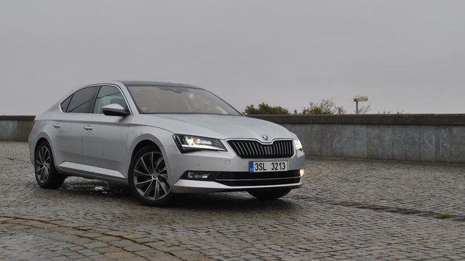 Škoda Superb 1.4 TSI ACT Laurin & Klement (2015)
