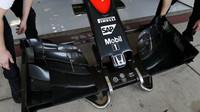 Přední křídlo vozu McLaren MP4-30 Honda v Austinu