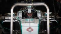 Nico Rosberg čeká na výjezd z boxů v Austinu