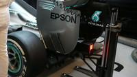 Zadní křídlo vozu Mercedes F1 W06 Hybrid v Austinu