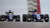 Felipe Nasr a Marcus Ericsson v Austinu