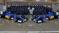 Hromadná fotografie týmu Sauber v Austinu