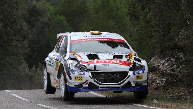 Suárez si vyzkoušel Peugeot 208 T16 již letos ve Španělsku v rámci soutěže WRC2