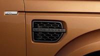 Černé výdechy v blatnících, Land Rover Discovery Landmark.