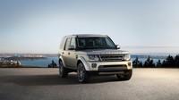 9 laků, nová kola a lepší výbava, Land Rover Discovery Graphite.