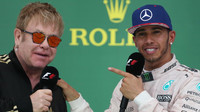 Lewis Hamilton a Elton John v Austinu