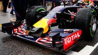 Přední křídlo vozu Red Bull RB11 - Renault v Austinu