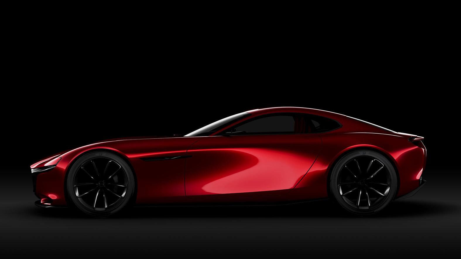 Výrazně tvarované blatníky vyplňují 20palcová kola, Mazda RX-Vision.
