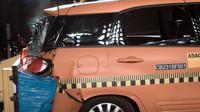 Fiat 500L Living v nárazovém testu