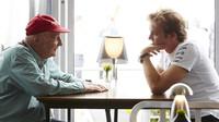 """""""Už se nám ozvala půlka startovního pole,"""" komentuje Lauda situaci po odchodu Rosberga - anotační obrázek"""