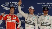 Sebastian Vettel, Nico Rosberg a Lewis Hamilton v Mexiku