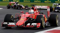 Sebastian Vettel s vozem Ferrari