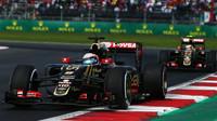 Romain Grosjean a Pastor Maldonado v Mexiku