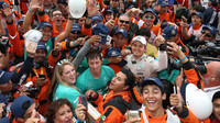 Nico Rosberg s fanoušky v Mexiku