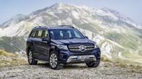 Světla mají nový design i skladbu, Mercedes-Benz GLS 350 d 4Matic.