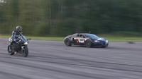 Bugatti Veyron versus Kawasaki Ninja H2