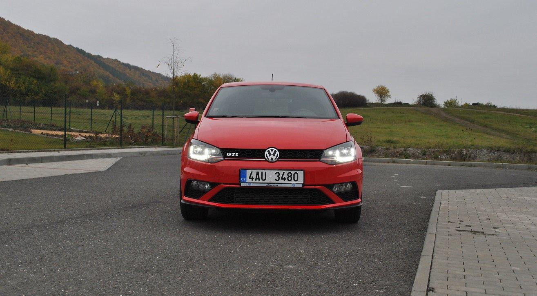 Volkswagen Polo GTI DSG (2015)
