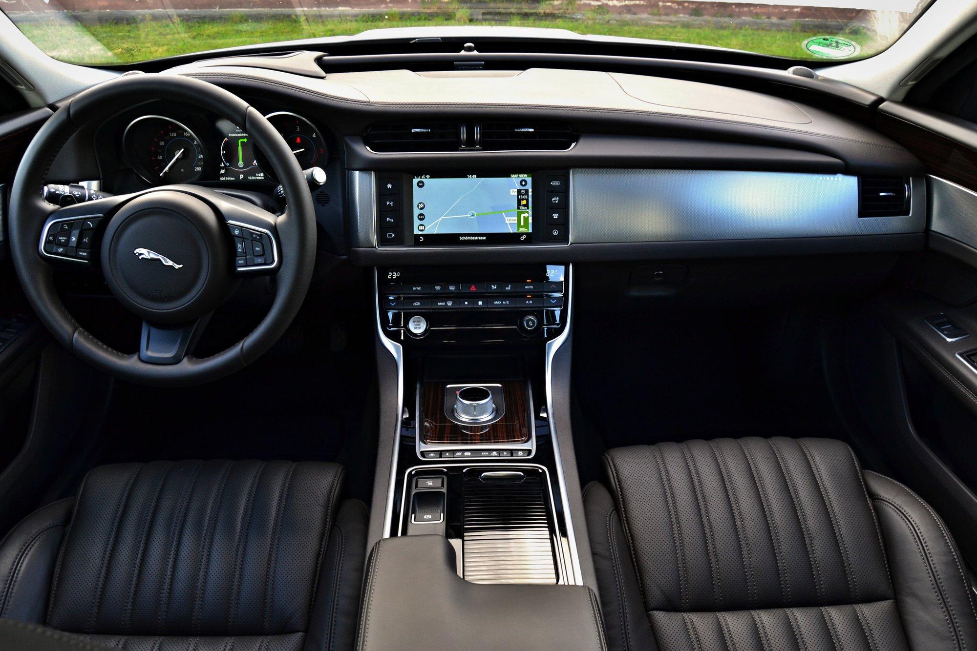 Jaguar XF 3,0d