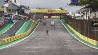 Startovní rovinka v Brazílii