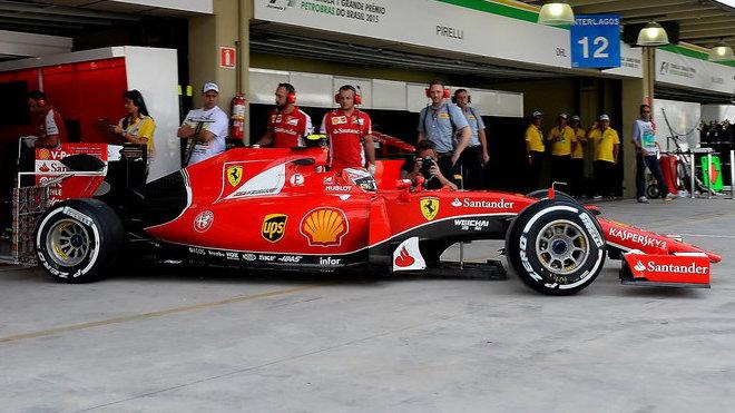 Ferrari SF15-T v Brazílii