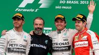 Vítězové na pódiu v Brazílii