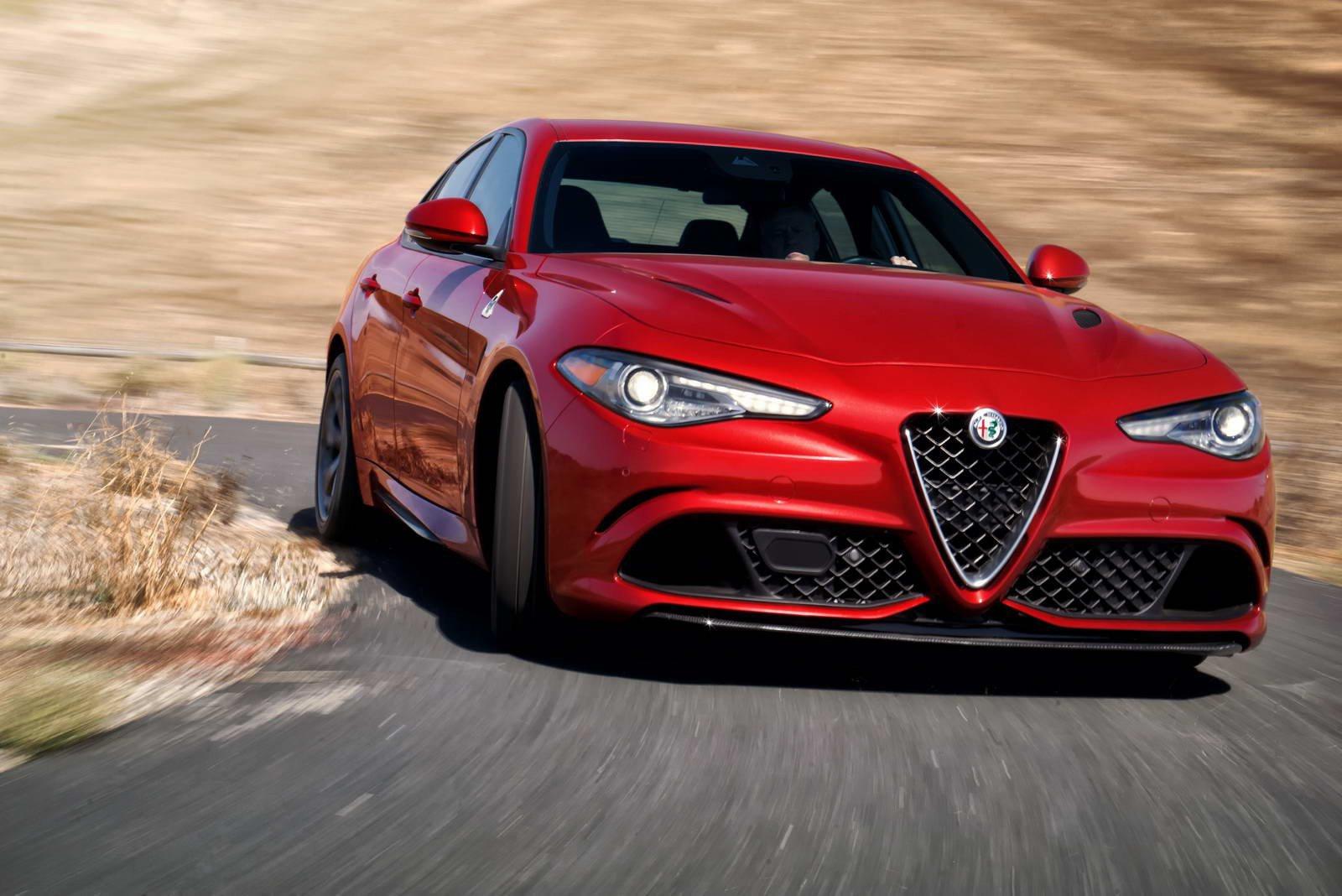 Proč Alfa Romeo oddaluje příchod Giulie? Známe pravý důvod! - anotační foto