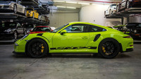 Z profilu nelze přehlédnout polepy ve spodní části, Porsche 911 GT3 RS