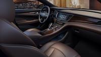 Palubní deska dostala dřevěné dekory, Buick LaCrosse.