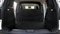Nákladový prostor je čalouněný a má objem 1500 litrů, Jeep Renegade Van.
