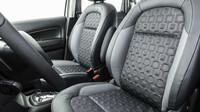 Sedadla mají zajímavý vzor čalounění, Citroën C3 Aircross.