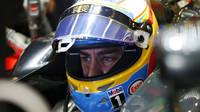 Kolem Fernanda Alonsa se množí spekulace o jeho závodní budoucnosti