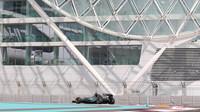 Lewis Hamilton v Abú Zabí