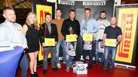 Vítězové Poháru Pirelli 2015 dekorováni - anotační foto