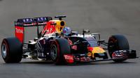 Red Bull má smlouvu na motory Renault jistou, i kdyby selhala jednání s Lotusem - anotační foto