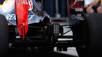Výfuk a difuzor vozu Red Bull | Red Bull RB11 - Renault v Abú Zabí