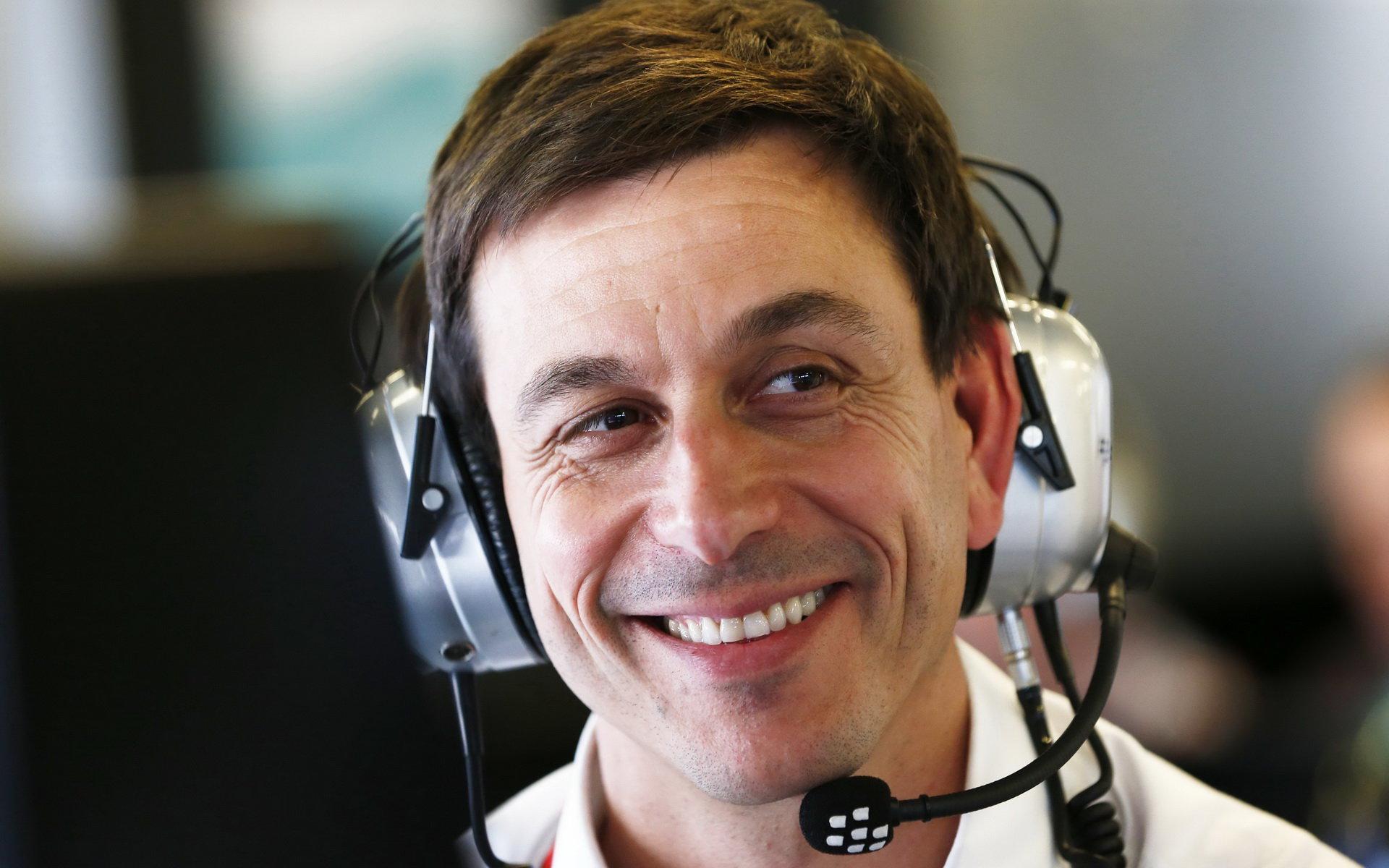 Wolff tvrdí, že mladým pilotům pomohl do F1 jejich talent - anotační foto