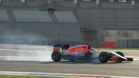 Jordan King při Pirelli testech v Abú Zabí