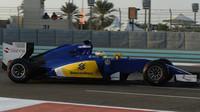 Marcus Ericsson při Pirelli testech v Abú Zabí