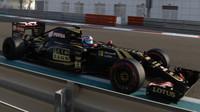 Jolyon Palmer při Pirelli testech v Abú Zabí