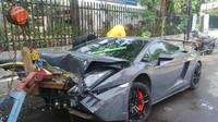 Ošklivá nehoda si vyžádala i jednu oběť, Lamborghini Gallardo Super Trofeo Stradale
