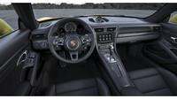 Volant má průměr 360 mm, Porsche 911 Turbo S.