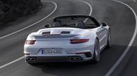Vedle kupé bude dostupný i kabriolet, Porsche 911 Turbo.