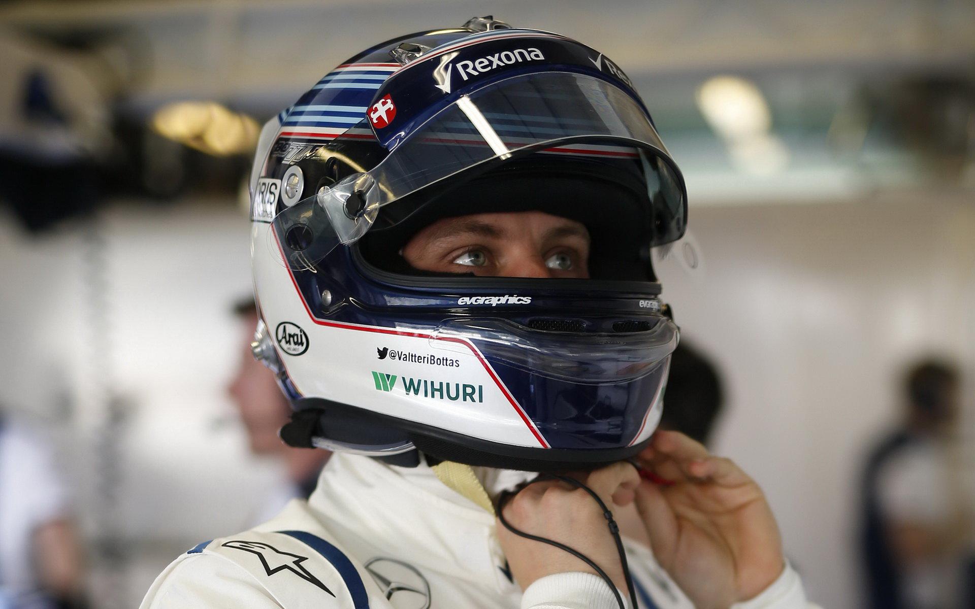 Bottas připouští, že ho mediální šílenství ohledně Ferrari ovlivnilo - anotační foto
