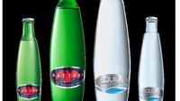 Skleněná lahev pro minerální vodu Mattoni a Aquila navržena Pininfarinou